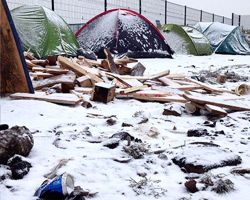A snowy day at a camp in Calais. Credit: Choose Love