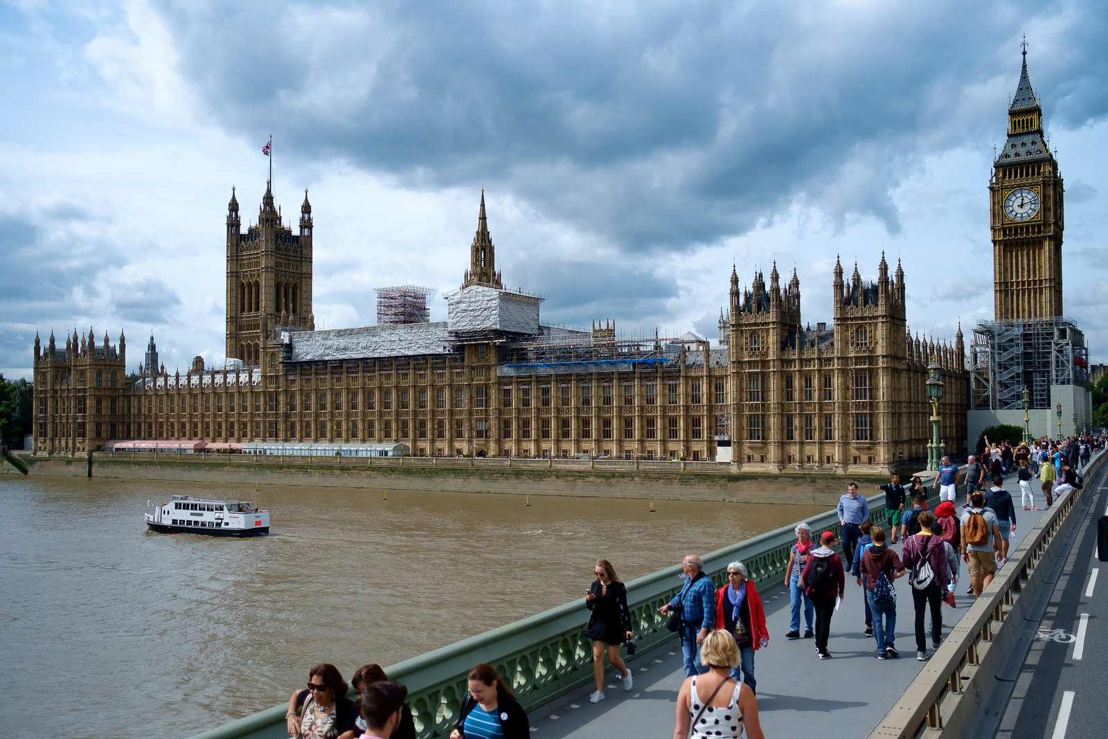 The UK's Groundbreaking Domestic Abuse Bill Has Finally Passed. Here's What You Need to Know.