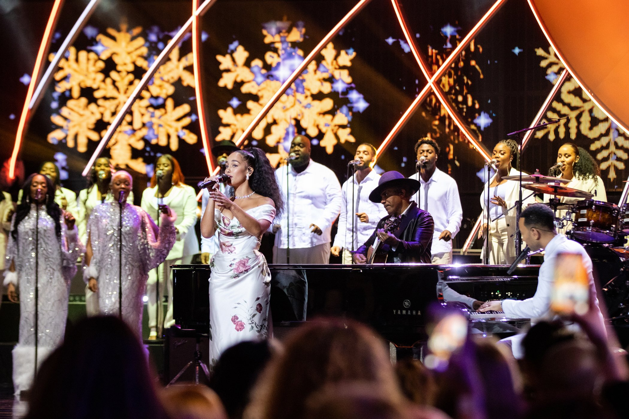 Jorja Smith und John Legend beim Global Citizen Prize am 13. Dezember 2019. Bild: Grey Hutton für Global Citizen