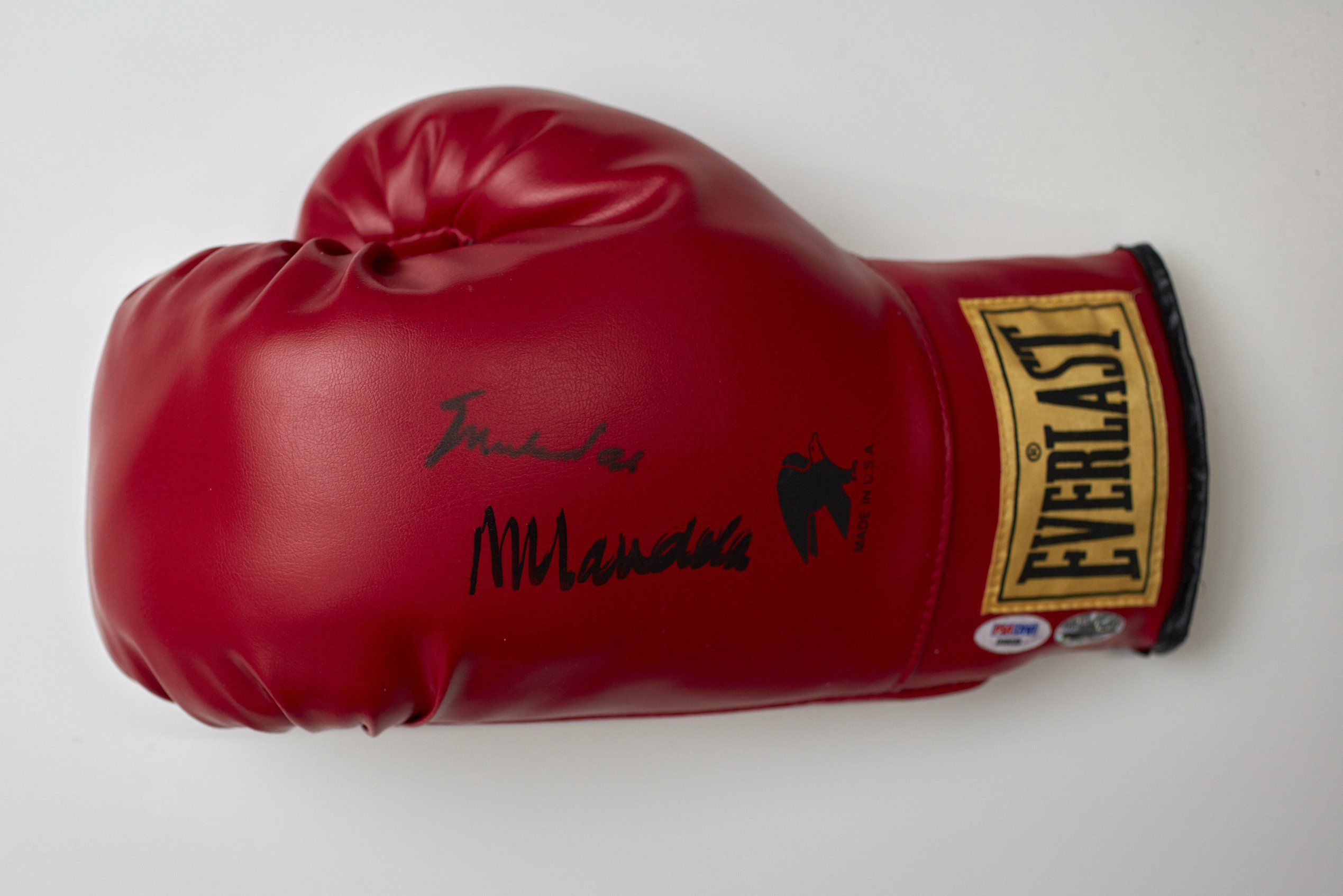 Boxing Glove - Signed by Muhammad Ali Nelson Mandela Foundation photo credit Jon Augier, Museums Victoria.jpg