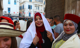 Artikel: Muslim Women In Tunisia Are Now Free To Marry Non-Muslim Men