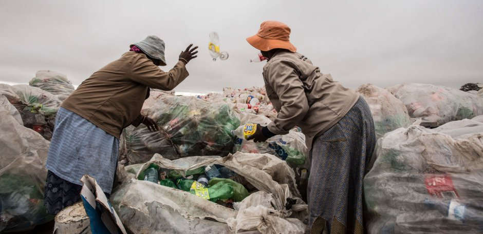 Learn How Kenya Is Fighting Plastic Pollution