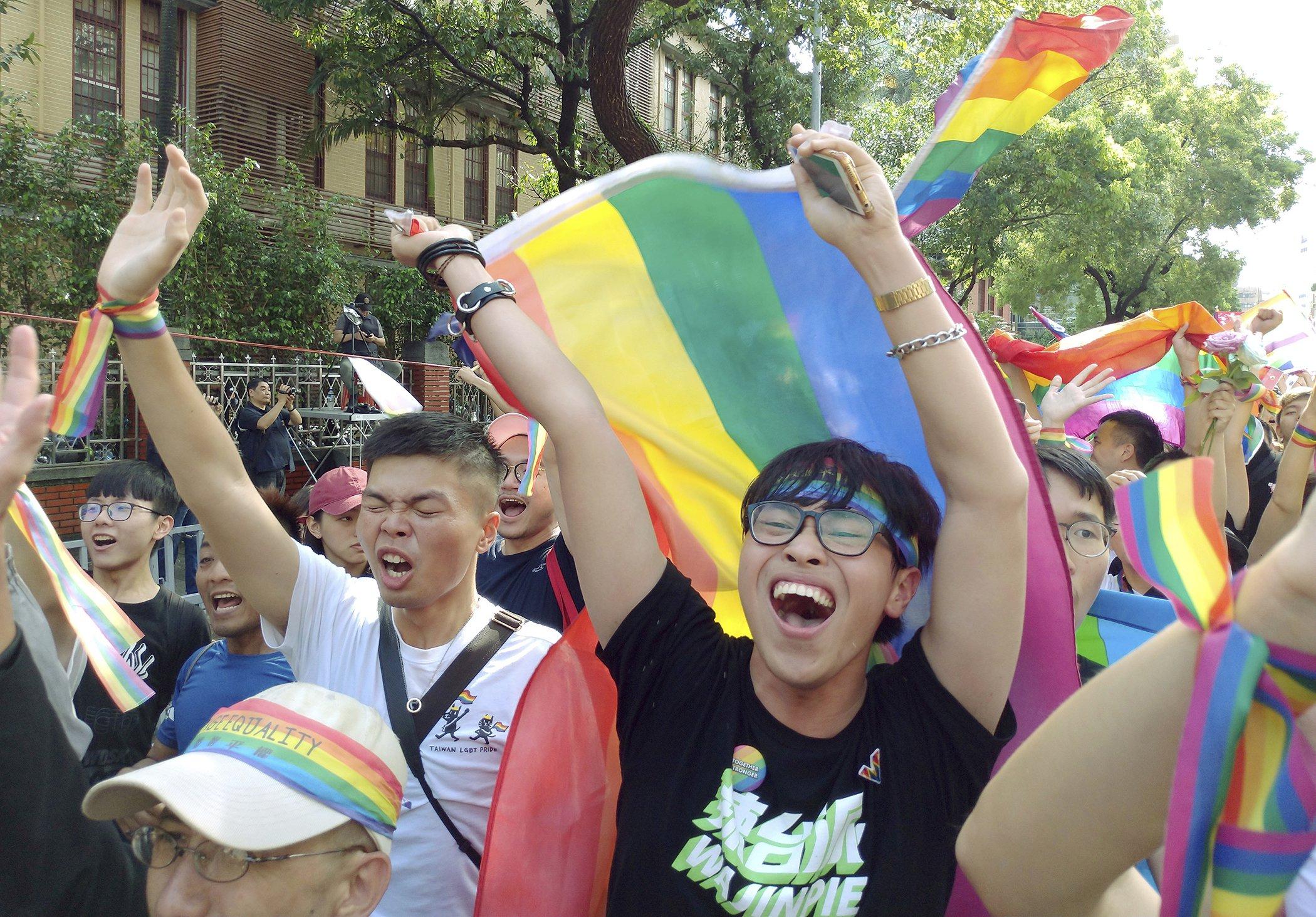 Asia-History-Same-Sex-Marriage-Tiawan.jpg
