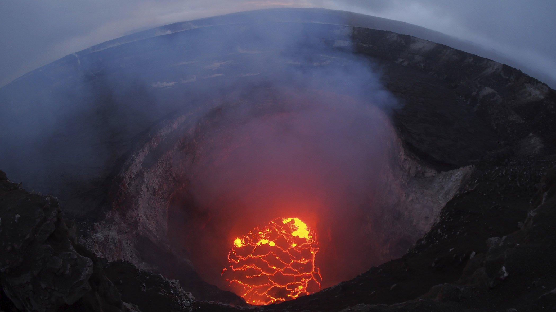 Hawaii-Volcano-Eruption.jpg