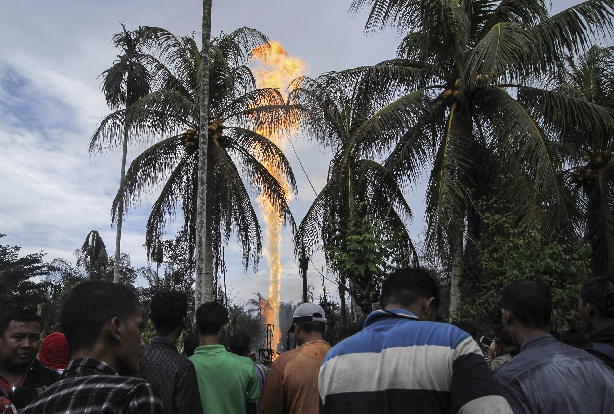 Indonesia-Oil-Fire.jpg