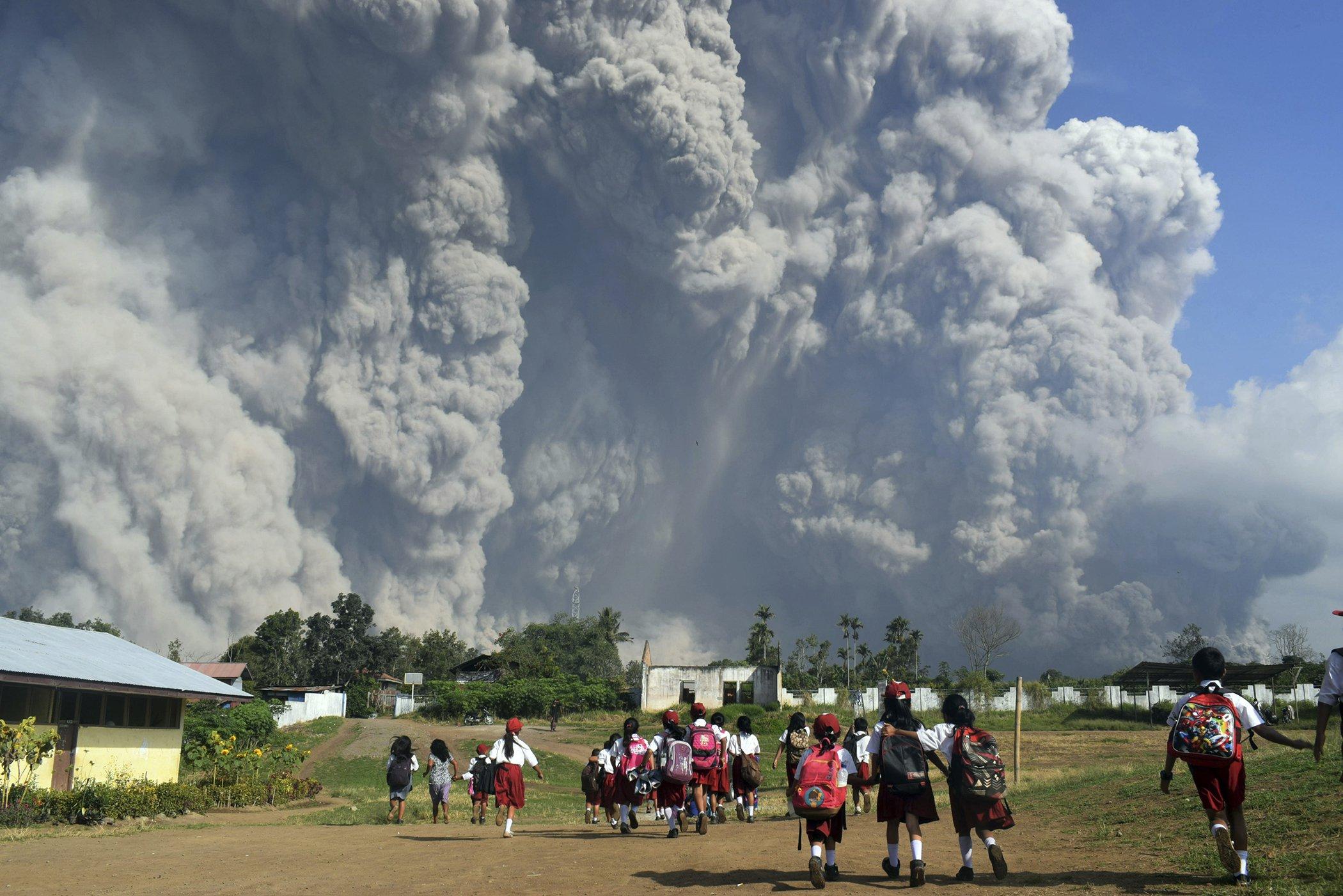 Mount-Sinabung-Volcano-Indonesia.jpg
