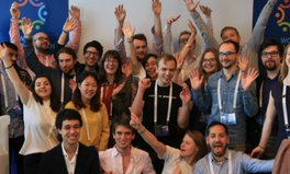 Artikel: Innovate to educate! The 'Hack for Humanity'