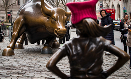 Article: A Statue of Small Girl Suddenly Appeared on Wall Street and Is Making a Big Statement