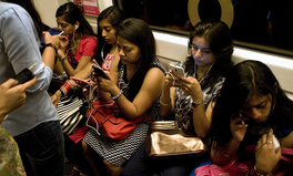 Article: India is introducing a panic button to protect women on all mobile phones by 2017