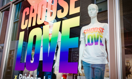 Article: This London Store Is Selling Just 1 Powerful T-Shirt