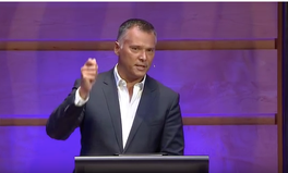 Video: Australians let us all reflect: the moment Stan Grant captured our attention