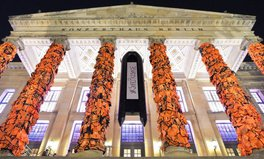 Article: Ai Weiwei reflects journey of refugees with 14,000 lifejackets in Berlin