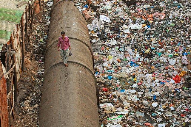 dharavi recycling meena kadri.jpg