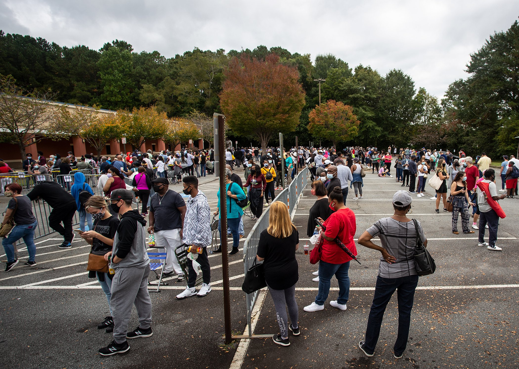 Election-2020-Early-Voting-Long-Lines-001.jpg