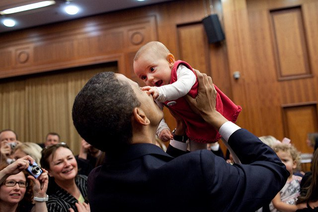 obama-44-photos-gc-toddler-attack.jpg