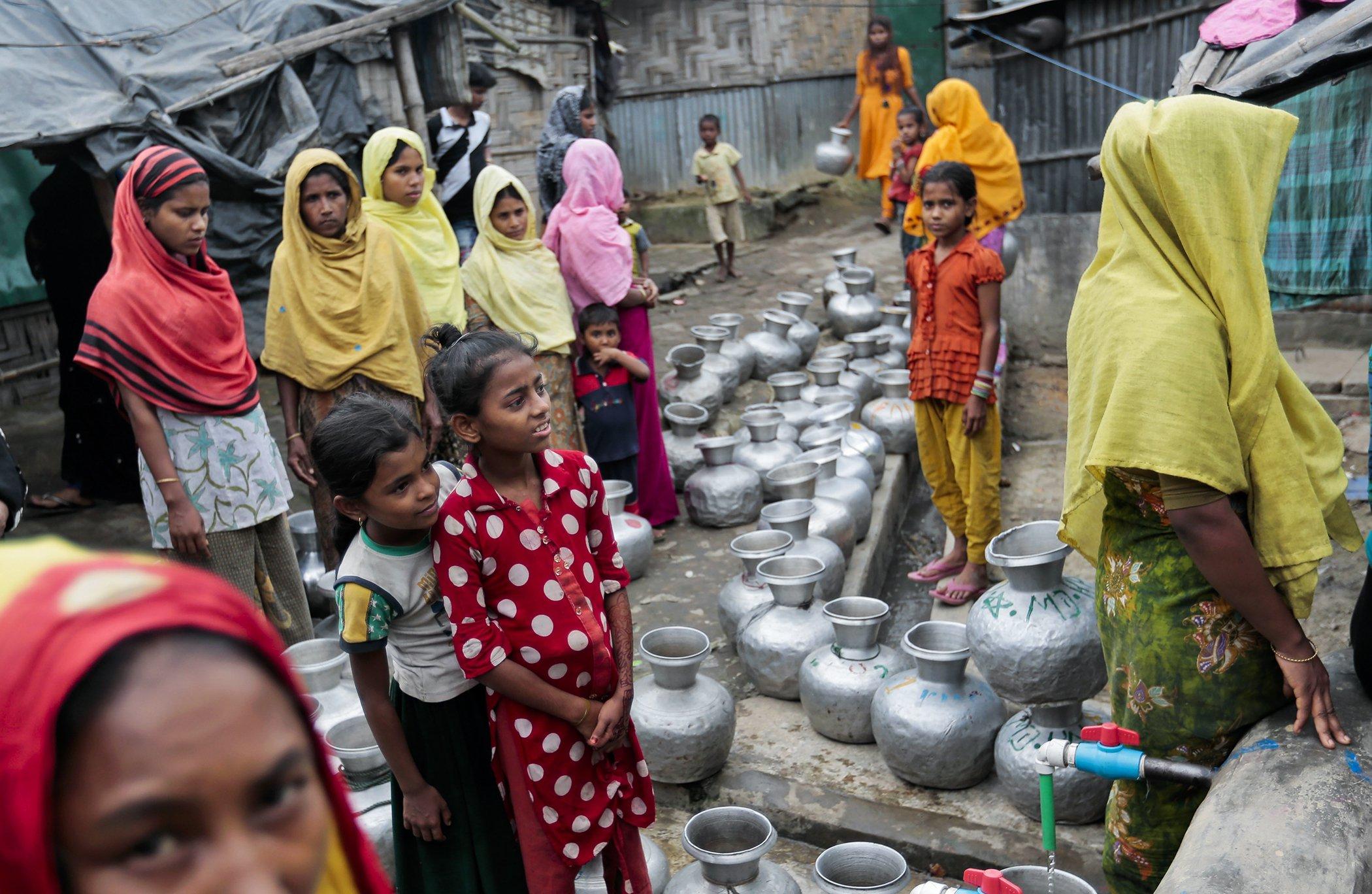 Water-Rohingya-Aid.jpg