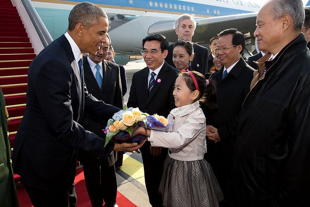 Obama-China-Girl.jpg