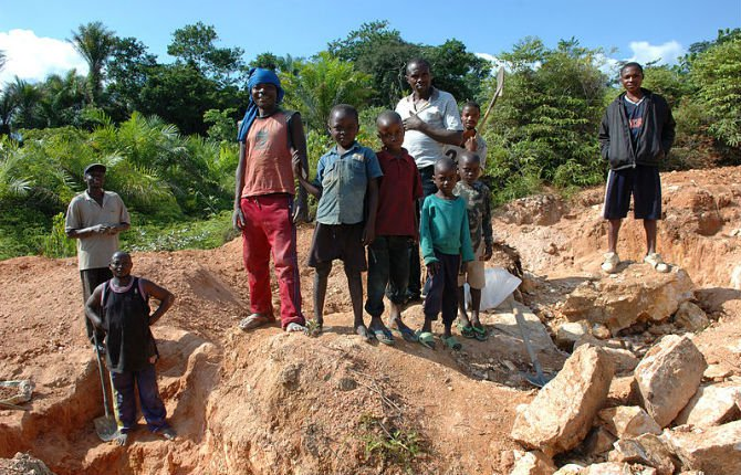 Mining in Kailo Congo what not to buy.jpg