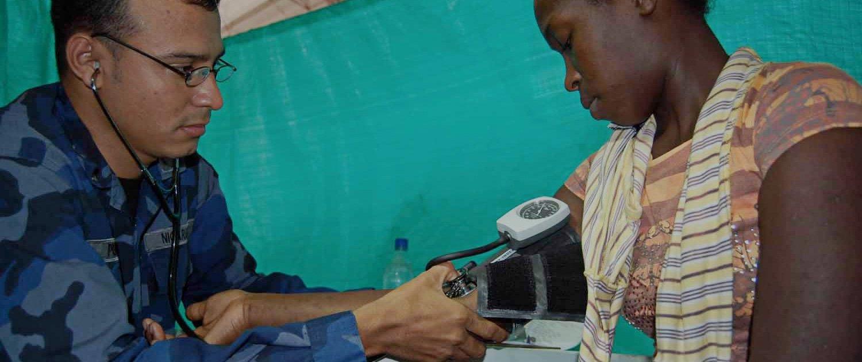 3-good-health-doctor-patient-hero.jpg