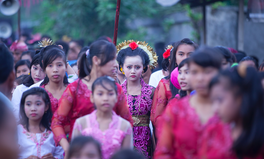 Artikel: Indonesia Just Outlawed Child Marriage — A Huge Win for Gender Equality