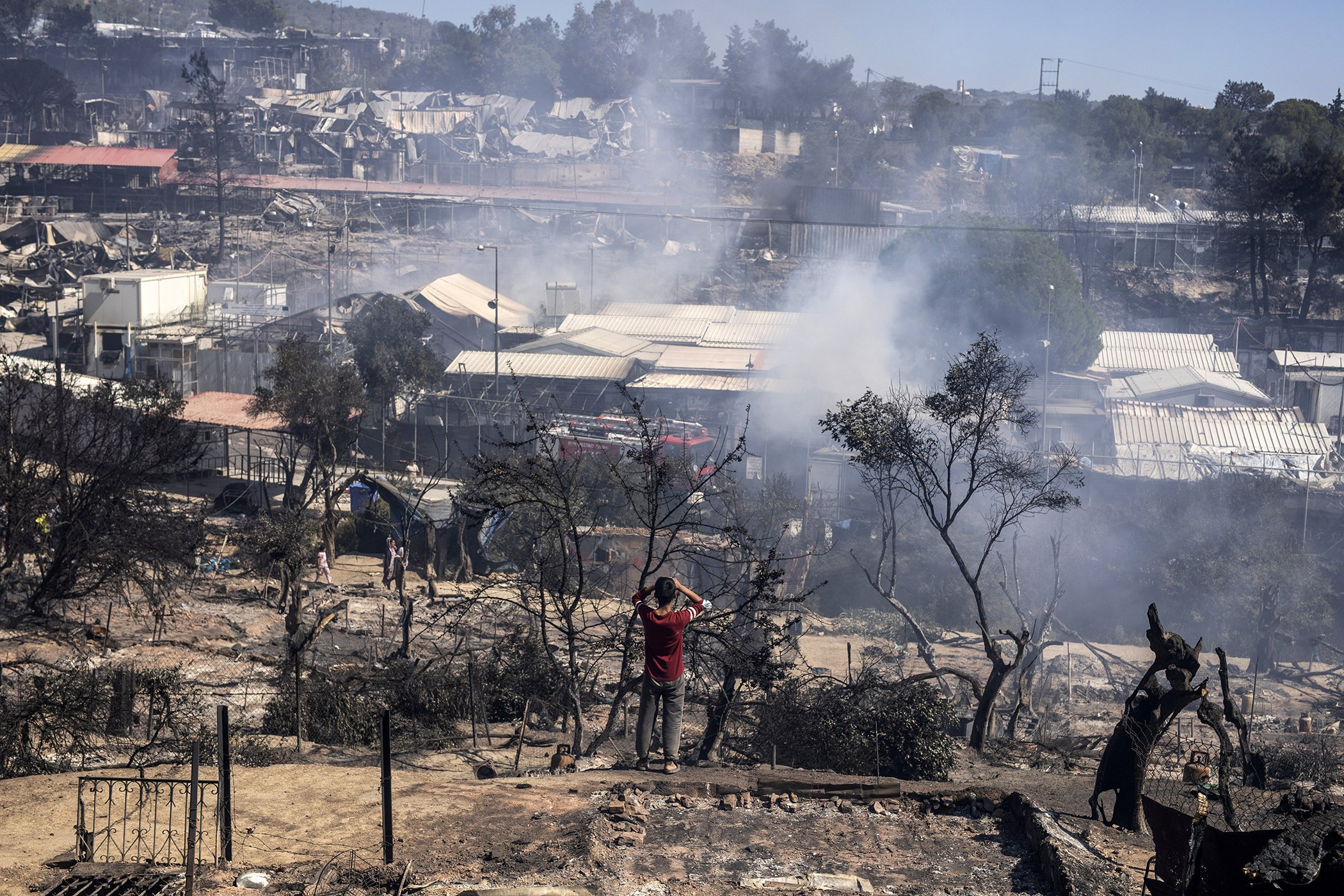 Moria-Refugee-Camp-Fire-002.jpg