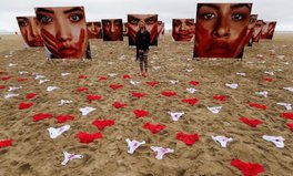 Artikel: Brazilian Beach Covered With Underwear to Protest Gang Rape