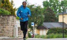Artikel: Yonas Kinde: Marathon Runner First, Ethiopian Refugee Second
