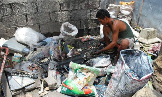 e waste recycling surprisingly dangerous jobs.jpg