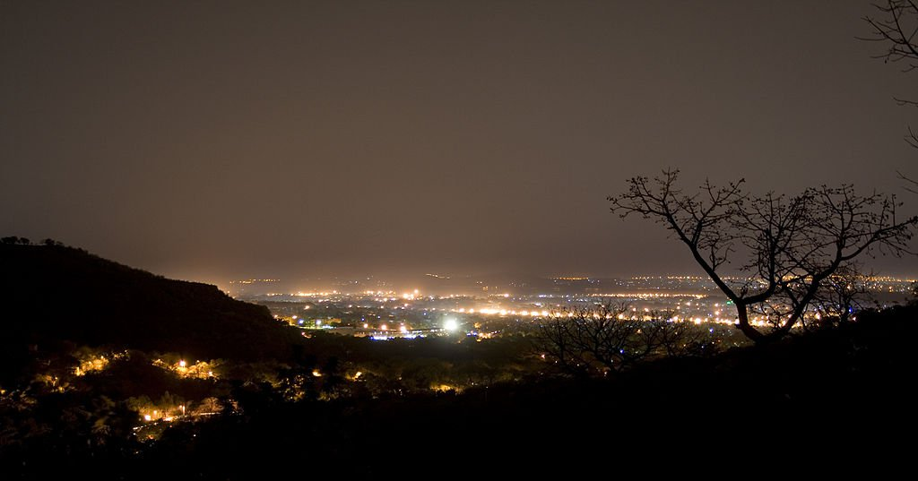 Bamako_night_hills.jpg