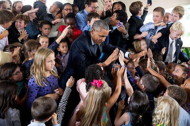 Obama-Kenya-High-Fives.jpg
