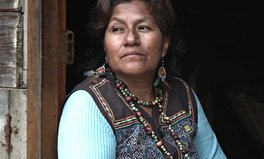 Artikel: Indigenous Woman Fights Peru's Powerful Mining Companies, and Wins
