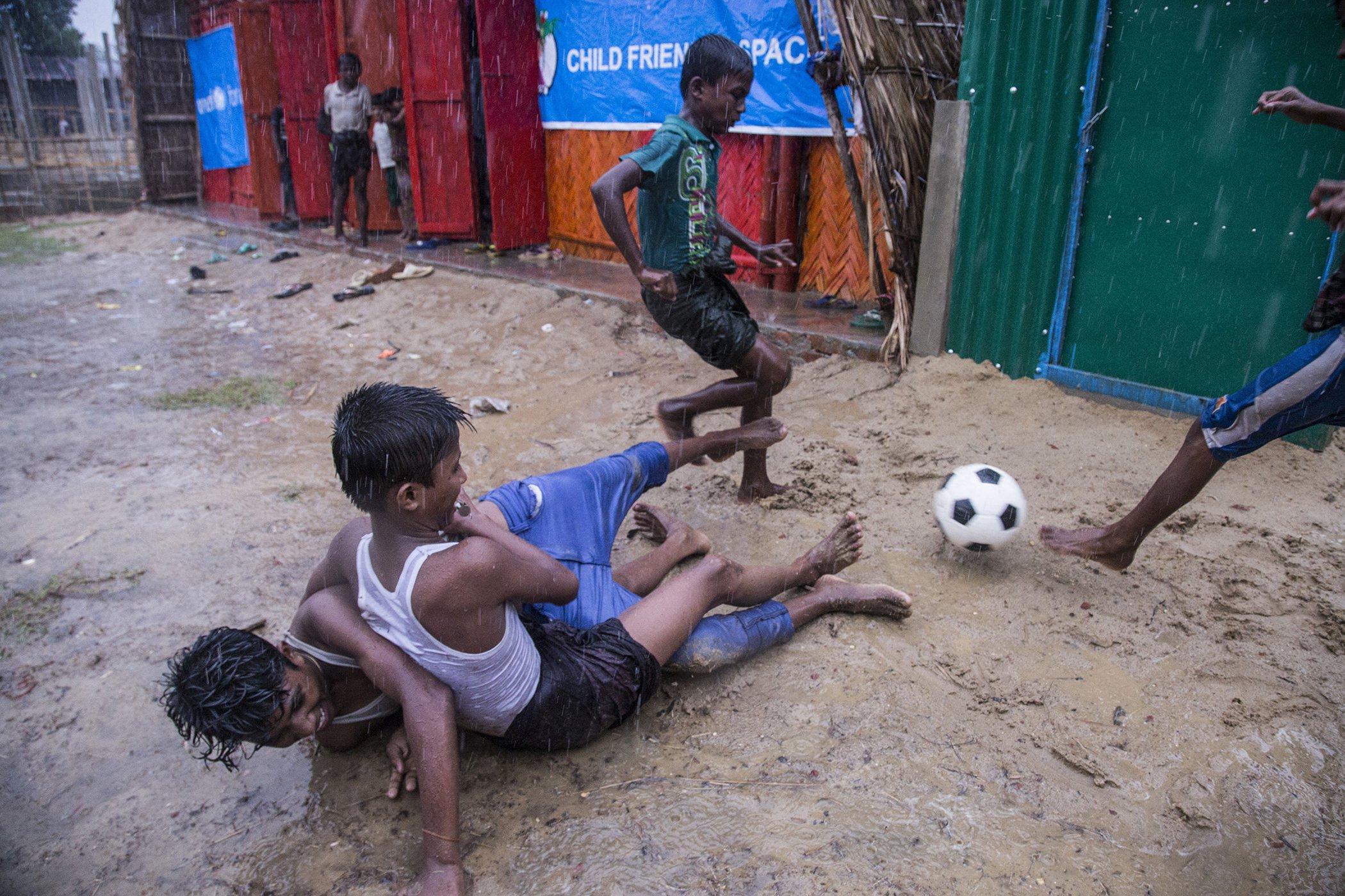 SoccerAroundTheWorld_WorldCup_006.jpg