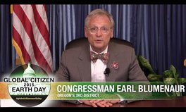 Video: Congressmen support worldwide water and sanitation