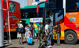 Article: 'We Just Have to Brave It': Women Face Assault on Zimbabwe's Public Buses