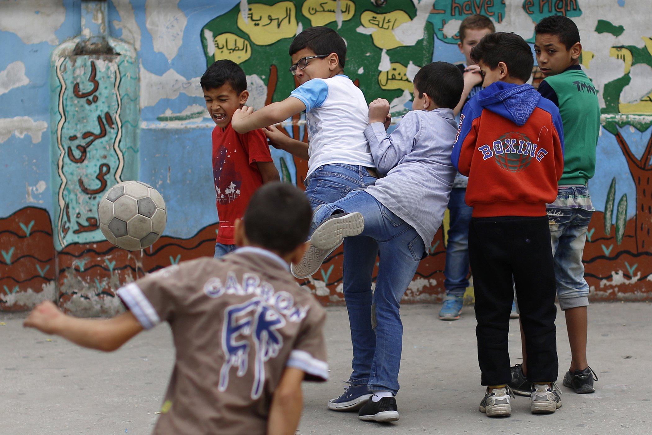Soccer-Refugees-Kids.jpg
