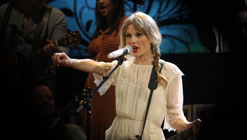 5 Times Taylor Swift Showed Her Reputation As A Global Citizen