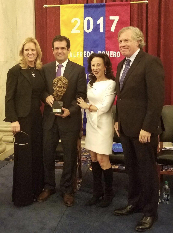 alfredo romero award.jpg