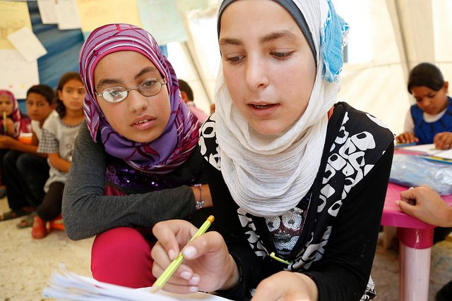 syria refugee girls studying