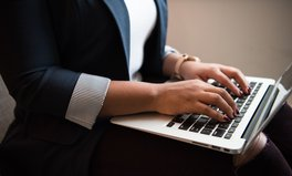 Article: La participation des femmes canadiennes au marché du travail en chute à cause de la COVID-19