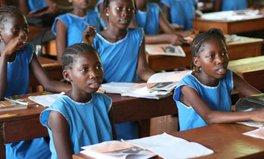 Artikel: Getting girls in school, period.