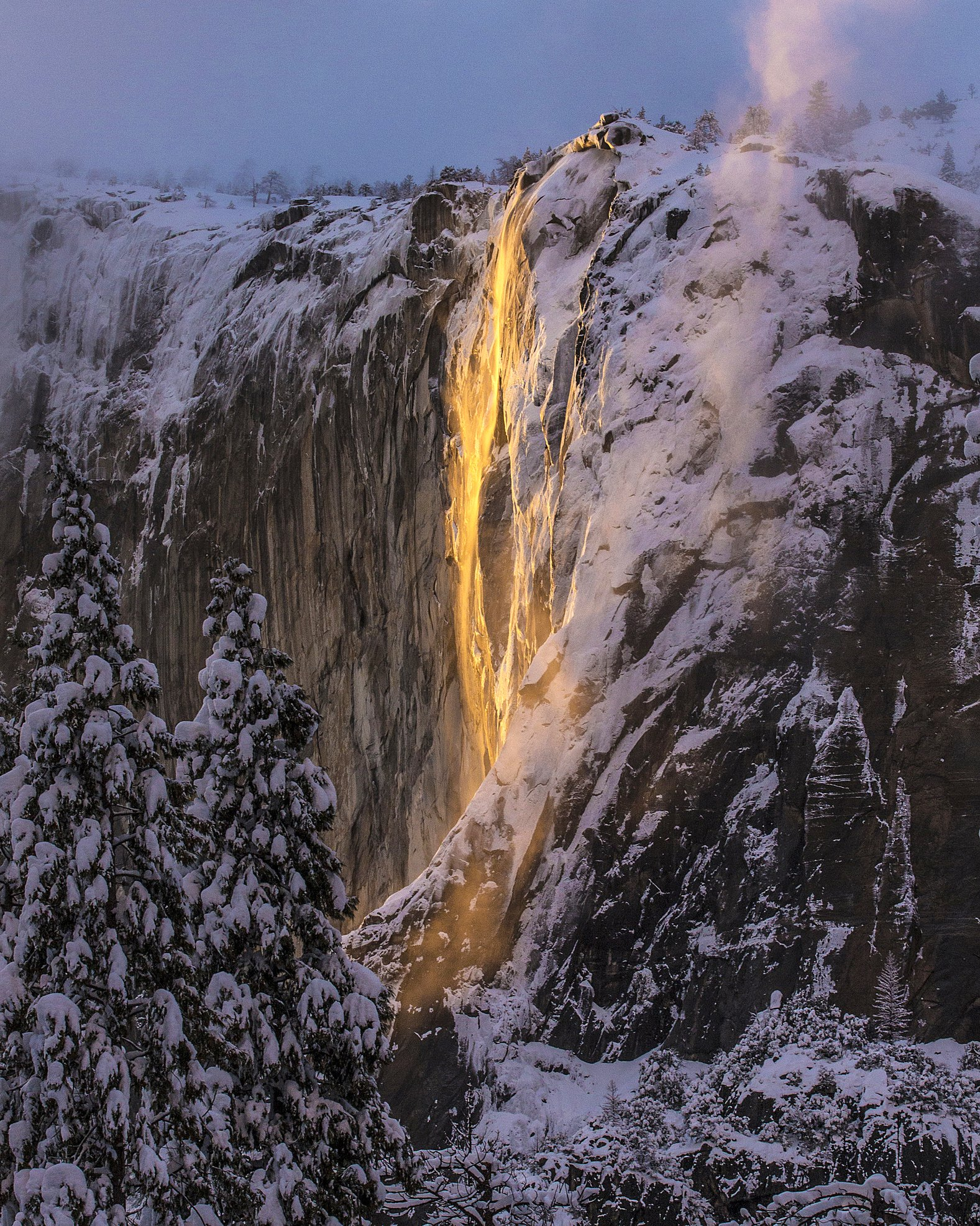 Yosemite-Waterfall-Winter-Fire.jpg