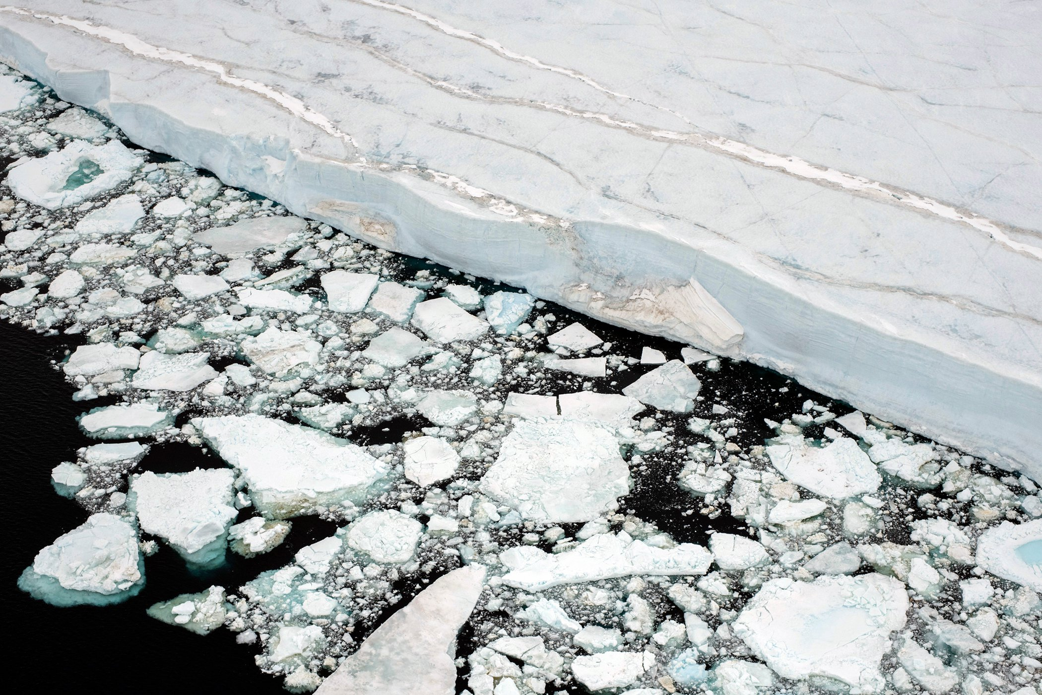 Antarctica_Greenpeace_GP0STRLDU_PressMedia_009.jpg