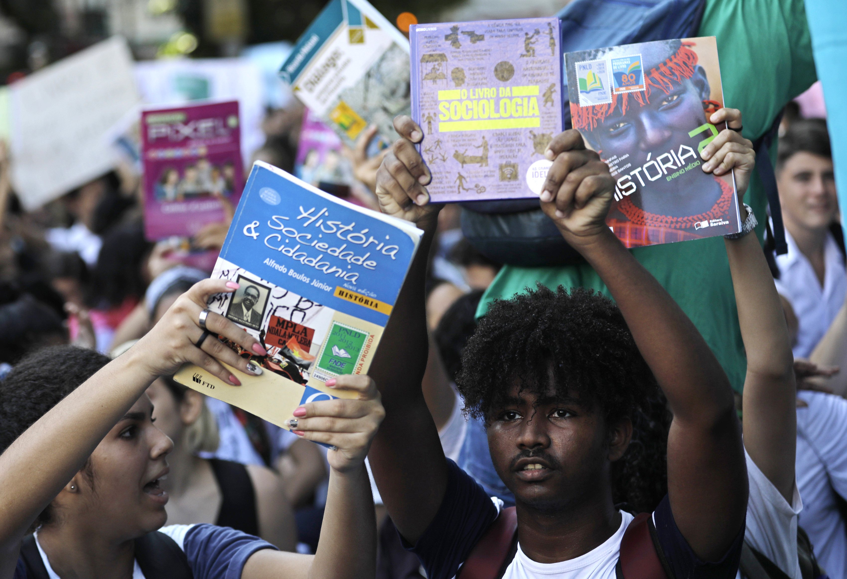 Brazil-Student-Protest-Education.jpg