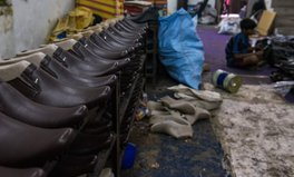 Artikel: Shoe Maker: A Life I Can't Imagine for My Son
