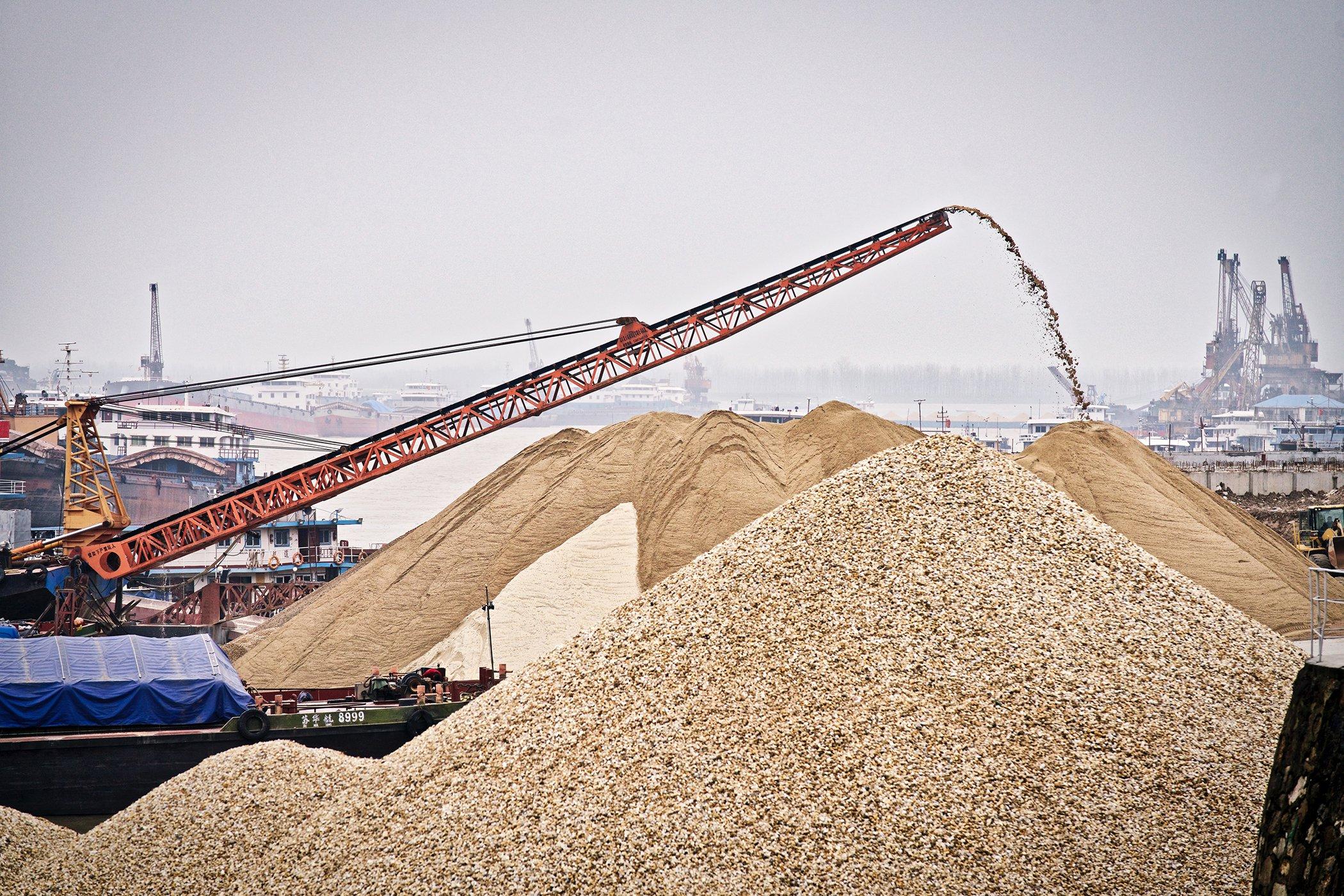 Threat - Sand mining in Donting Lake China - Justin Jin _ WWF-US.jpg