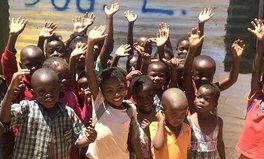 Feature: So gibt Lena Palm Kindern in Namibia eine Zukunft