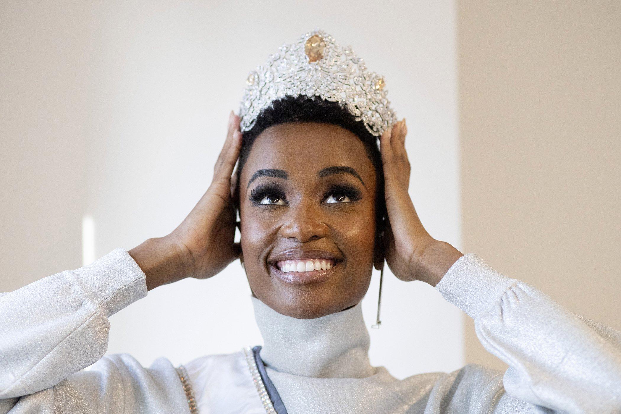 Zozibini Tunzi-Miss-Universe-Women-History-2019.jpg
