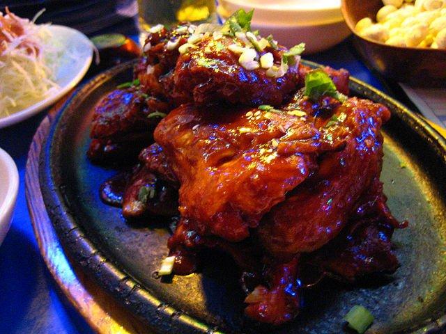 10 ways to eat fried chicken from around the world fried chicken day best global recipes body korean fried forumfinder Gallery