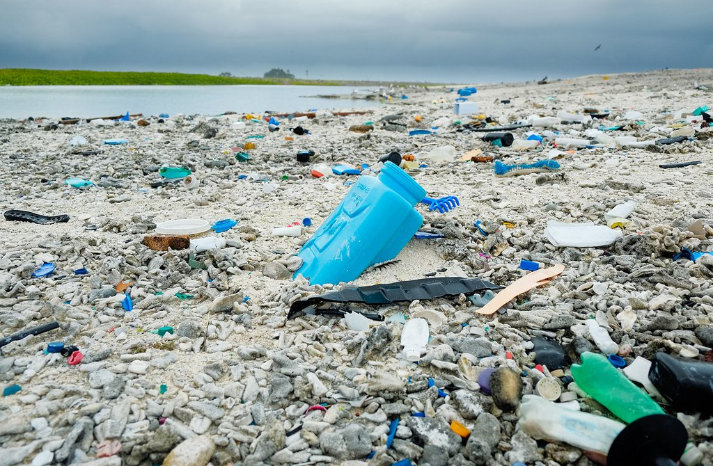 9 Brilliant Ways the UK Is Cracking Down on Plastic Pollution