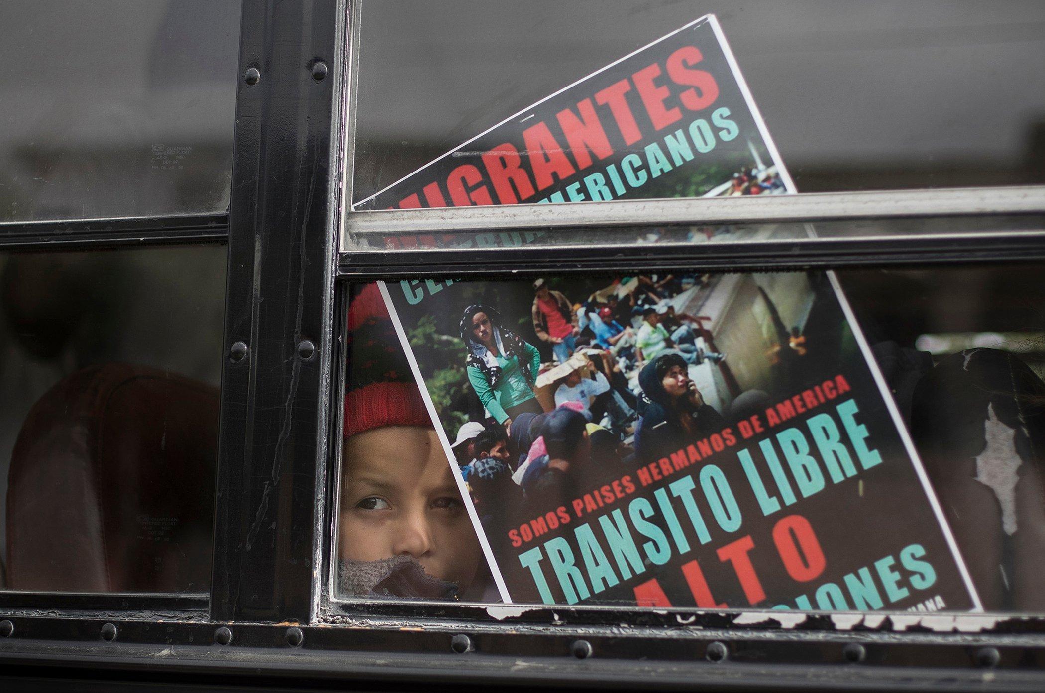 Central-American-Migration-US-Caravan.jpg